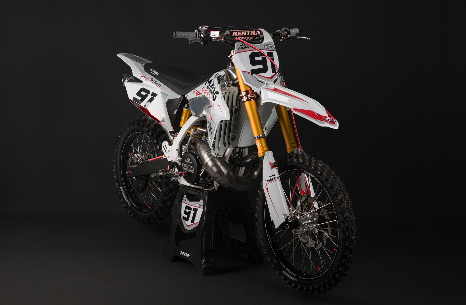 Suzuki RM 250 3 - Mike Maciag - Motocross Pictures - Vital MX