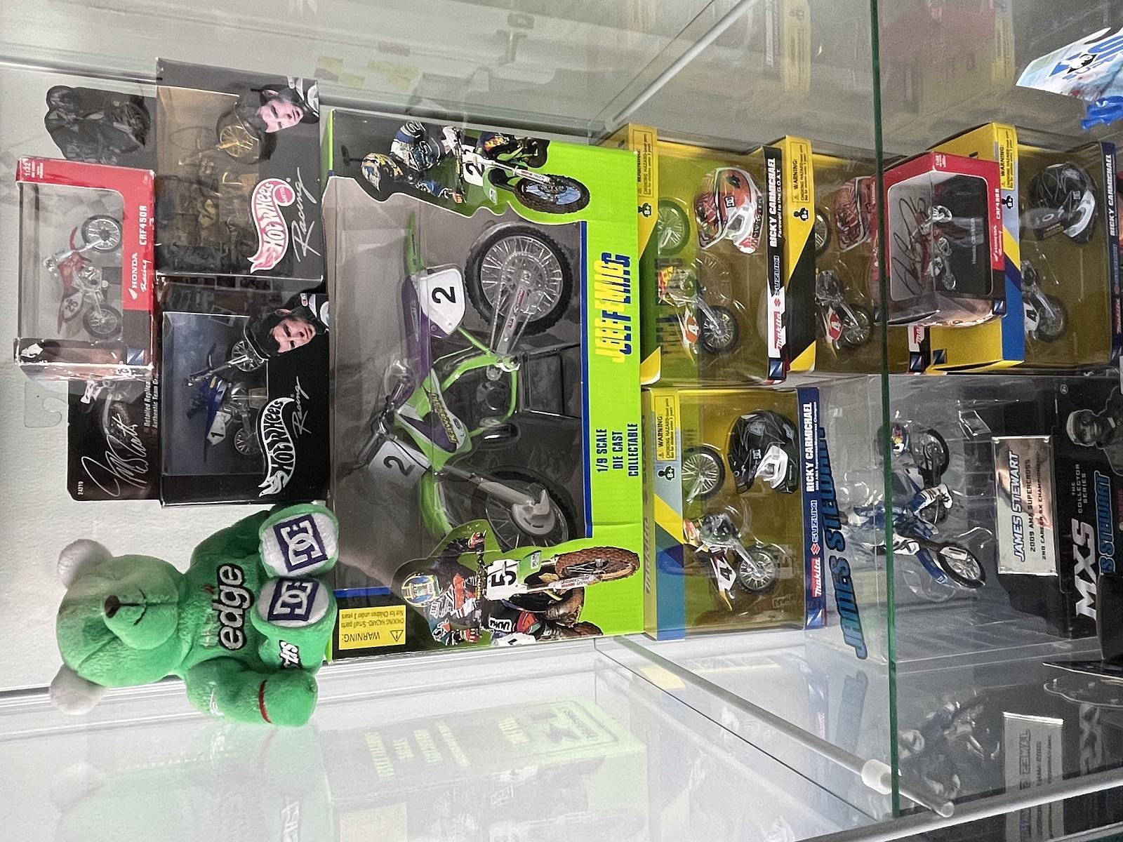 6EA02B98-CF40-4A33-BE6F-495699586CA3 - mx_toys98 - Motocross Pictures - Vital MX