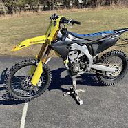 Billyshat367's Suzuki