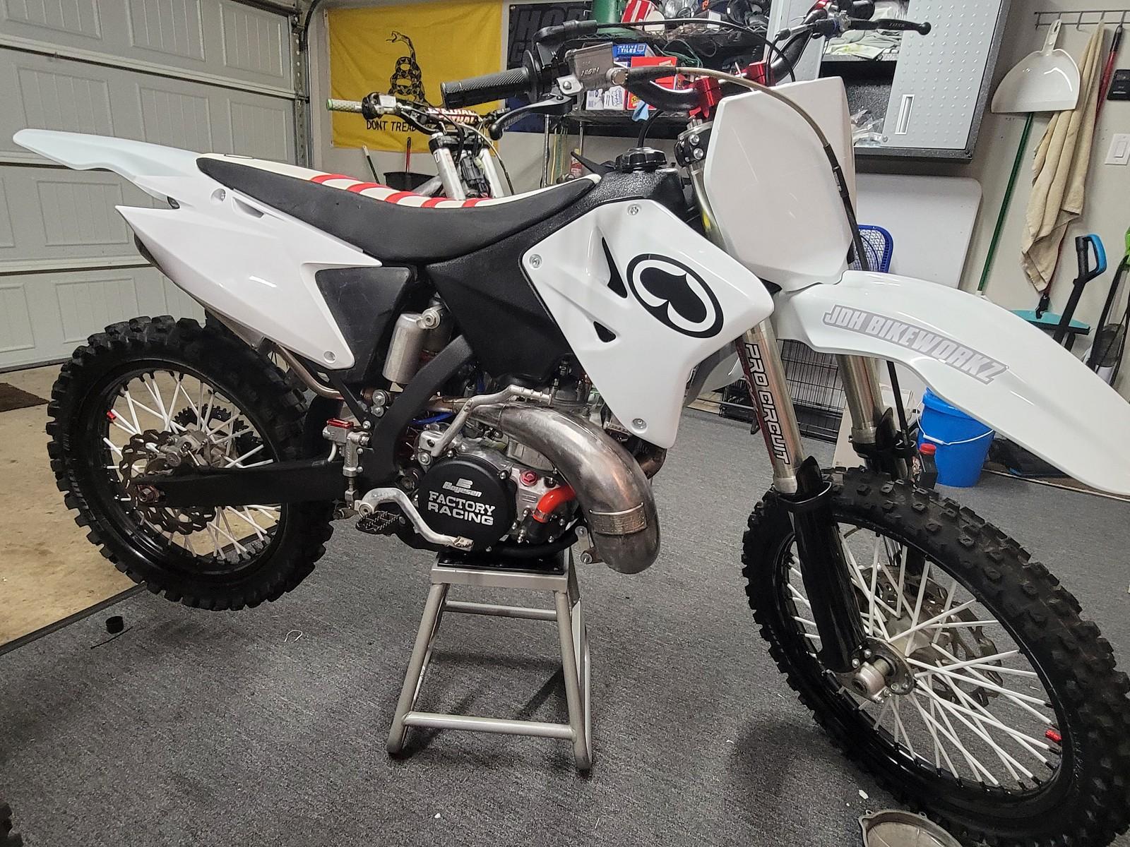 20210608 220254 - Bikeworkz - Motocross Pictures - Vital MX